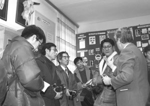 Professor Konovalov V. S. is discussing possible genetic effects of Chernobyl accident with the delegation from Japan, 1995.